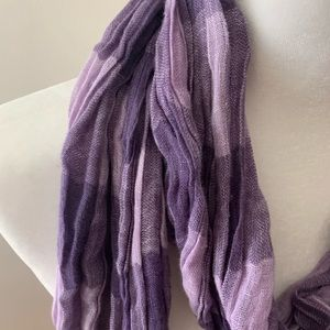 eskandar Accessories - Eskandar 100% Linen scarf with hand tied fringes
